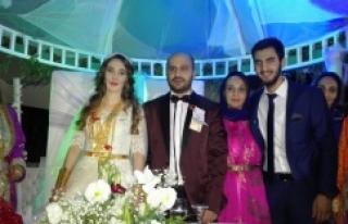 Akıl ailesinin mutlu günü