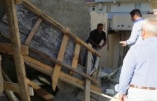 Haliliye'de metruk yapı yıkıldı