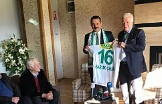 Bakan Çelik'ten Bursaspor moral...