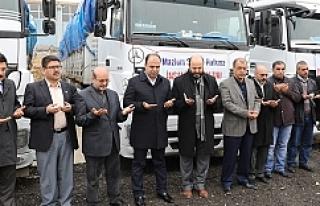 Halep'e 4 TIR yardım gönderildi