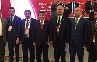 HAK-İŞ Yönetimi Antalya'da...