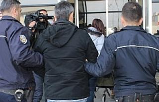 7 Öğretim üyesi tutuklandı
