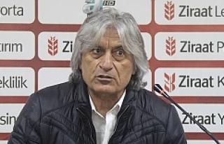 Kemal Kılıç, oyuncularını kutladı