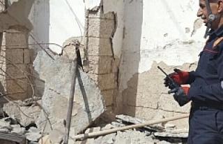 Urfa'da 2 katlı ev çöktü