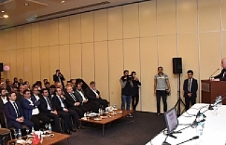 Vali Tuna'dan işadamlarına yatırım çağrısı