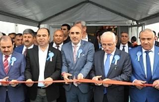 Urfa'da fuar yağmur bereketiyle açıldı