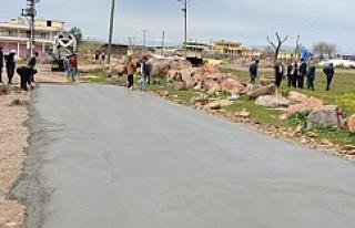Büyükkazanlı'da beton yol çalışmalarına başlandı