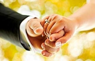 Harranlı bakın düğün davetiyesine ne yazdı?