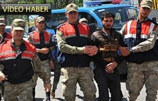 Jandarma 2 kişiyi yakaladı, 3'üncü kişi...