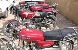 Motosikletlerinin bulunmasını istiyor