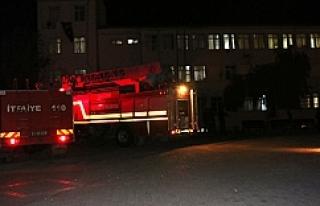 Urfa'da konuk evinde yangın çıktı;4 kişi...