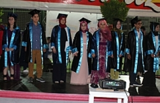 Endülüs'te mezuniyet heyecanı