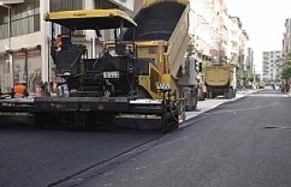 Siverek'te asfalt çalışmaları devam ediyor