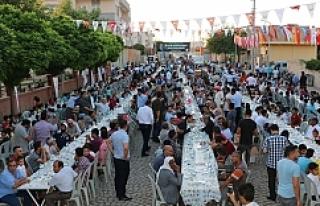 Büyükşehir'in iftar daveti Ceylanpınar ile...
