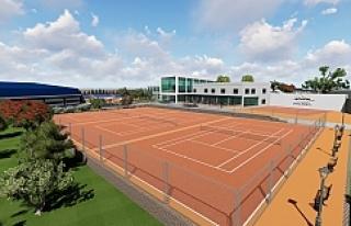 Tenis dünyası inşaatı sürüyor