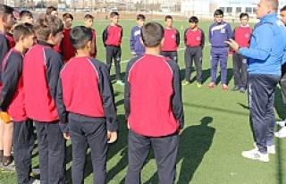 Futbol yaz okulu başlıyor
