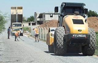Kırsalda asfalt çalışmaları devam ediyor…