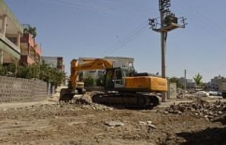 Siverek'te asfalt çalışmaları sürüyor…