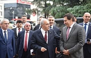 Fakıbaba'dan eski Urfa Valisine ziyaret