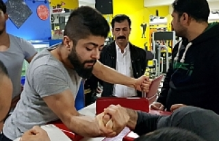 Kudat'tan bilek güreşçilere ziyaret