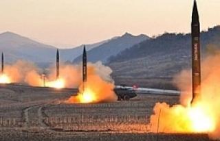 Füzeler havada çarpıştı