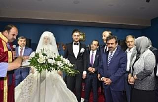 İki Valili düğün...
