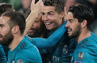 Ronaldo rovaşetayı kaç metre yüksekten attı?