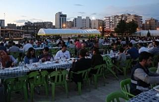 Haliliye,  5. kez ramazan sofrası açtı