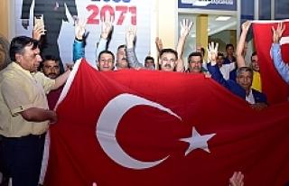 Ceylanpınarlı gençler AK Parti'ye çıkarma...