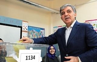 Gül, Erdoğan'ı aradı