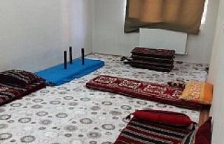 Urfa'da apartman dairesine baskın
