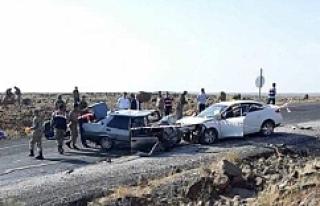 Viranşehir'de feci kaza; 3 ölü 2 yaralı..