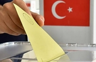 Yurt dışında oy verme işleminde ilk günde rekor...