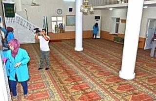 Ceylanpınar camilerinde hummalı temizlik