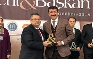 Yılın Belediye Başkanı ödülü Ekinci'ye...