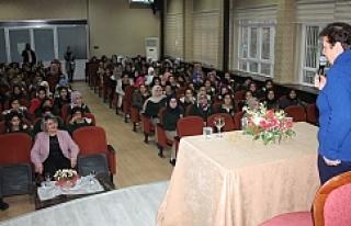 Başarılı okulda seminer...