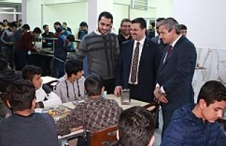 Başkan Yıldız pansiyonda ki öğrencileri dinledi...