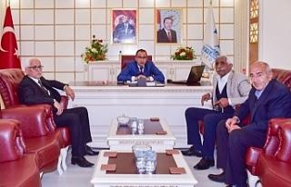 CHP heyeti Başkan Aksak'ı ziyaret etti