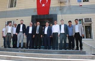 Başkan Yıldız ekibiyle Başkan Mirkelam'ı...
