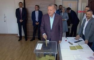 Erdoğan'da oyunu kullandı