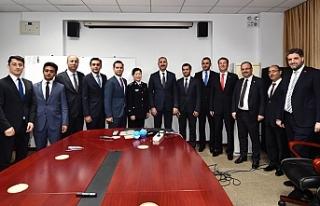 Türk Heyet Çin'de Urfalı bürokratı ziyaret...