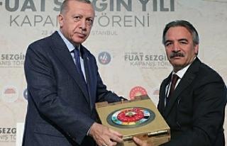 Erdoğan Bağlı'yı kutladı...