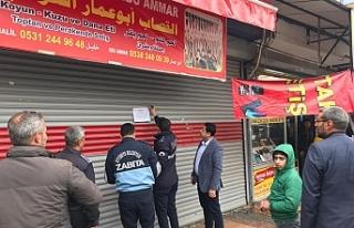 Deve kesen Suriyeli esnafın dükkanı mühürlendi