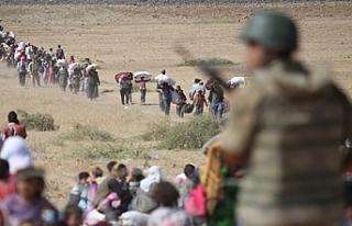 İki günde 20 bin Suriyeli daha Türkiye sınırına...