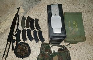 Teröristler mühimmatlarıyla yakalandı