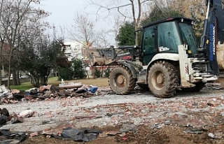 Viranşehir'de yıkıma başlandı