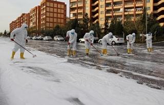Eyyübiye'de temizlik işleri sürüyor