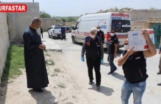 Suriye'de binin üzerinde koli dağıtıldı