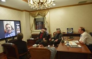 Tüm yetkililerle telekonferansla görüştü
