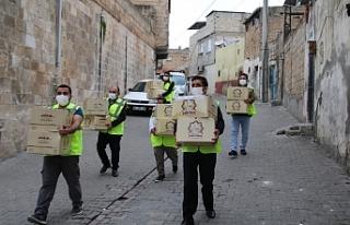 Büyükşehir Urfa'da ne kadar maske dağıttı?